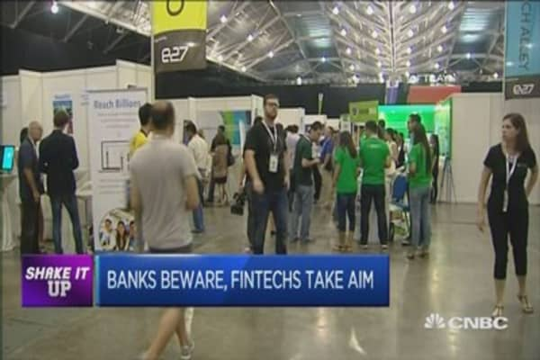 Fintechs: The start-ups shaking up the banking world