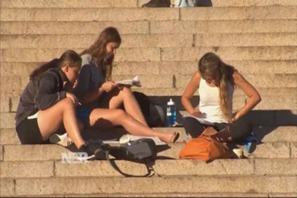 Millennials & money: dealing with debt