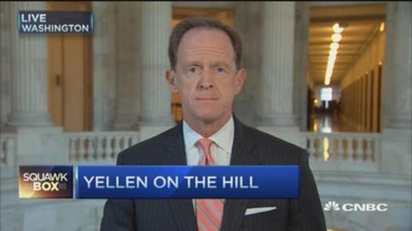 Fed no longer has credibility: Sen. Pat Toomey