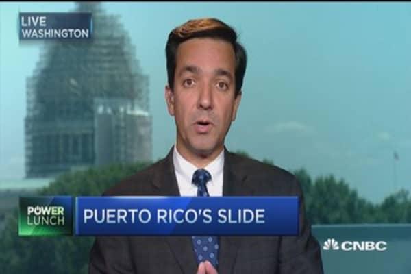 Puerto Rico nears default