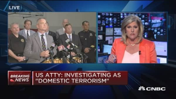 Chattanooga Mayor: 4 people dead in shooting