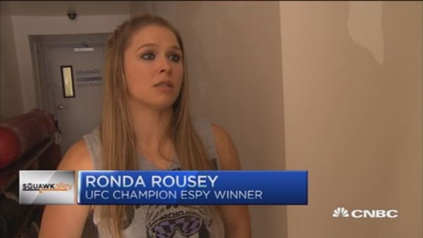 UFC champion Rousey fights sexism in sports