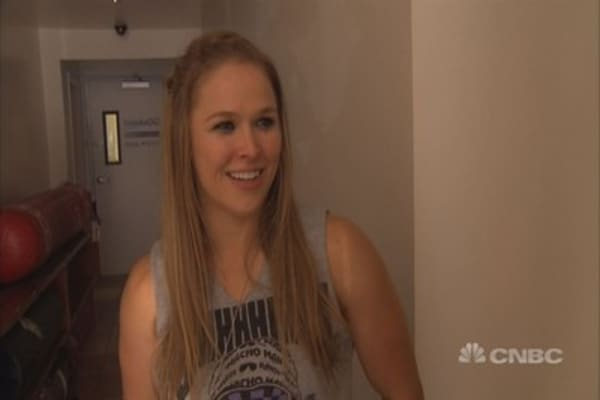 UFC Champ Rousey: I want to be undefeated as a fighter