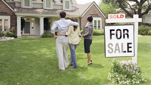 Homeowners: Use these year-end tax moves to save ahead of tax reform