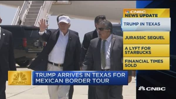 CNBC update: Trump's Mexican border tour