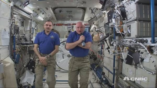 Astronaut: Space internet is like dial-up
