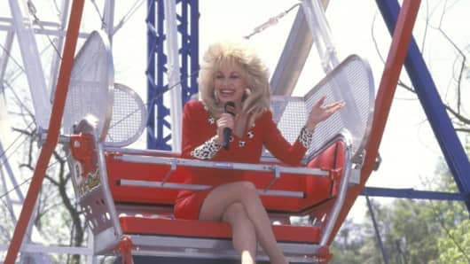 Musician Dolly Parton attends the Opening Weekend Celebration of Dollywood on April 24, 1993 at Dollywood in Pigeon Forge, Tennessee