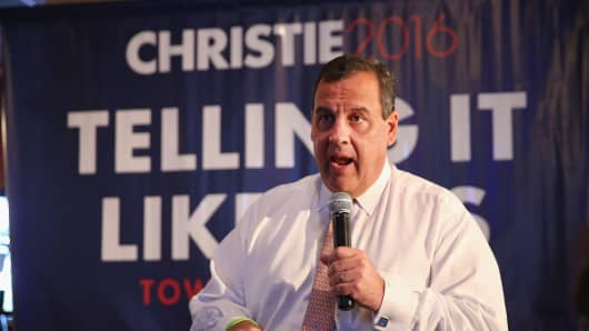 Republican presidential hopeful New Jersey Governor Chris Christie speaks to guests gathered for a campaign event at Jersey Grille on July 24, 2015 in Davenport, Iowa.