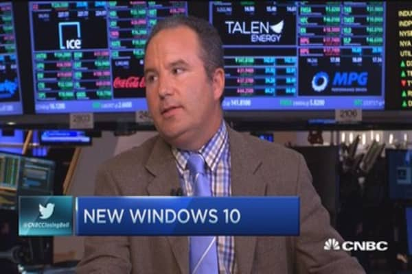 'Betting the house' on Windows 10