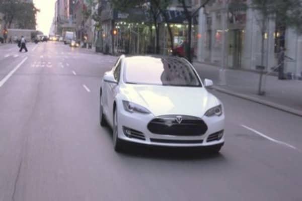 Tesla sparks incentives