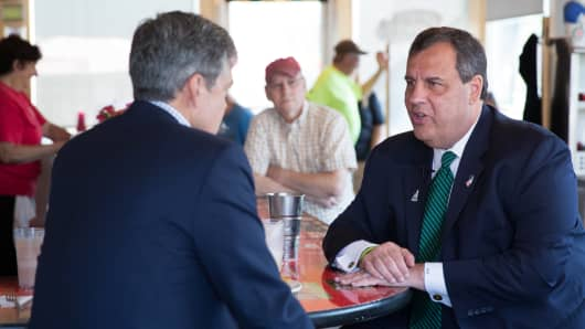New Jersey Gov. Chris Christie speaks with CNBC's John Harwood in Keene, New Hampshire.