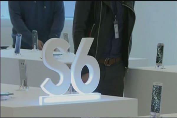 Samsung cuts Galaxy prices