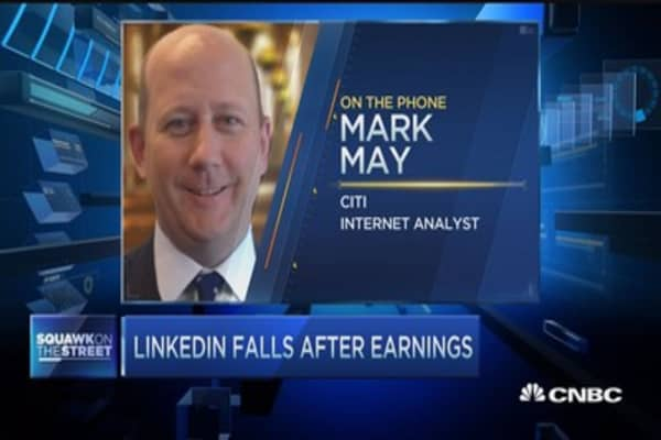LinkedIn shares fall despite Street beat
