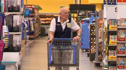 Loren Wade, 103 yr-old working at Walmart