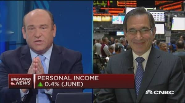 June personal income up 0.4%, spending up 0.2%