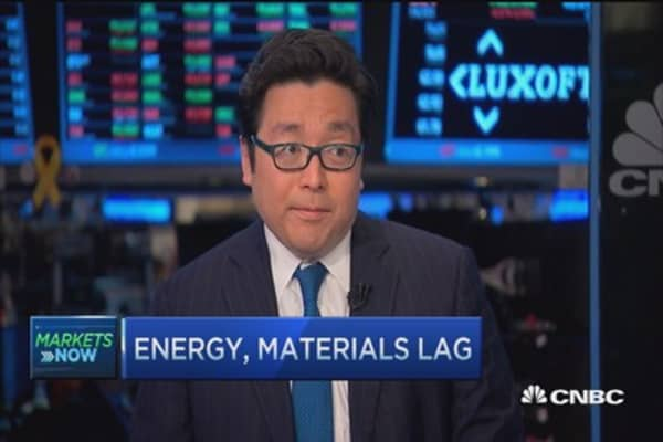 Consumers in better shape: Tom Lee