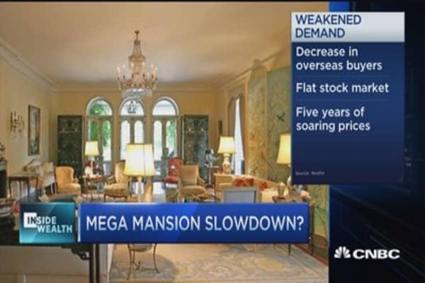 Luxury home market softens