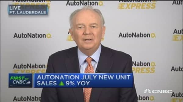 AutoNation CEO: Stampede to trucks continues