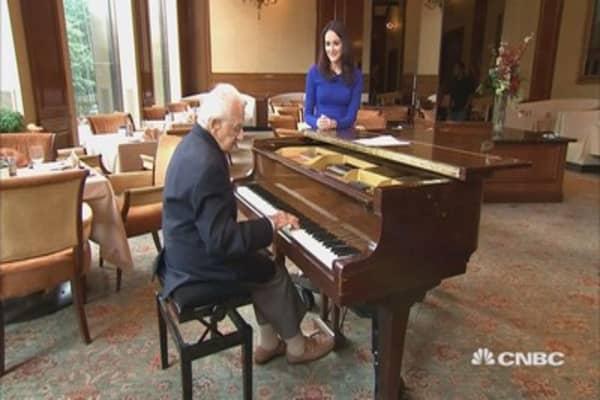 Meet America's oldest working musician