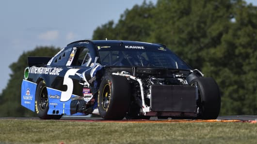 Kasey Kahne drives during a NASCAR Sprint Cup series auto race at Watkins Glen International, Sunday, Aug. 9, 2015, in Watkins Glen. N.Y.