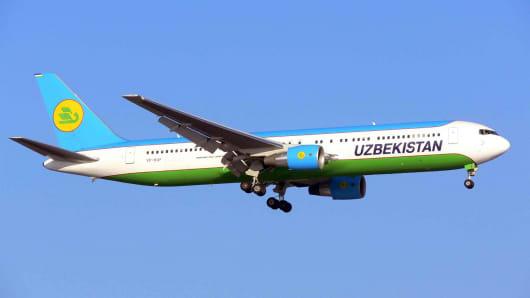Uzbekistan Airlines plane