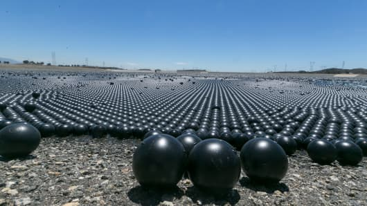 'Shade balls' protect LA water supply during drought