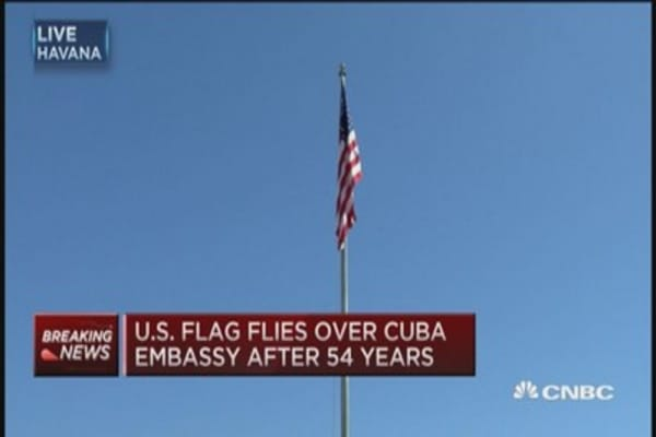 US flag flies over Cuba Embassy for first time in 54 years