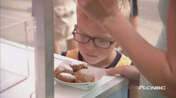 Fried food frenzy: A day at the Iowa State Fair