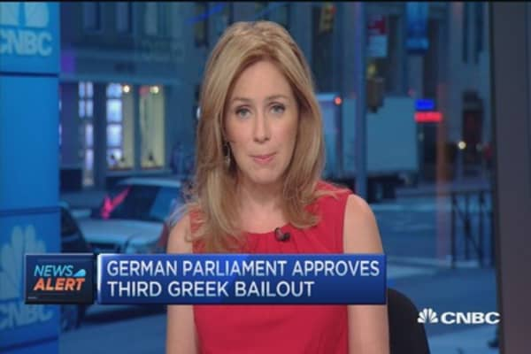 German Parliament approves third Greek bailout