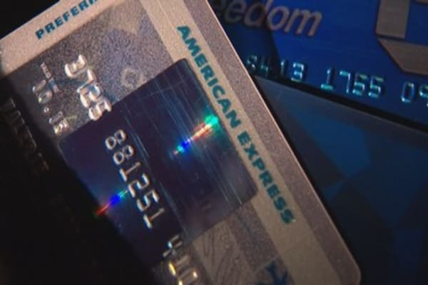 AmEx releases cash back debit cards