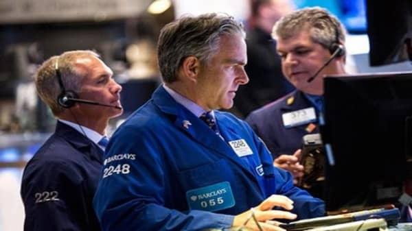 Stocks set to slump again at open