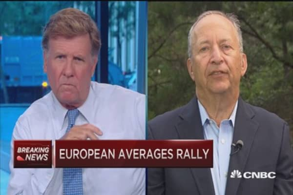 Safer path for Fed: Larry Summers