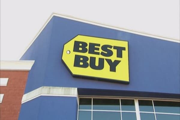 Best Buy powers up on earnings news