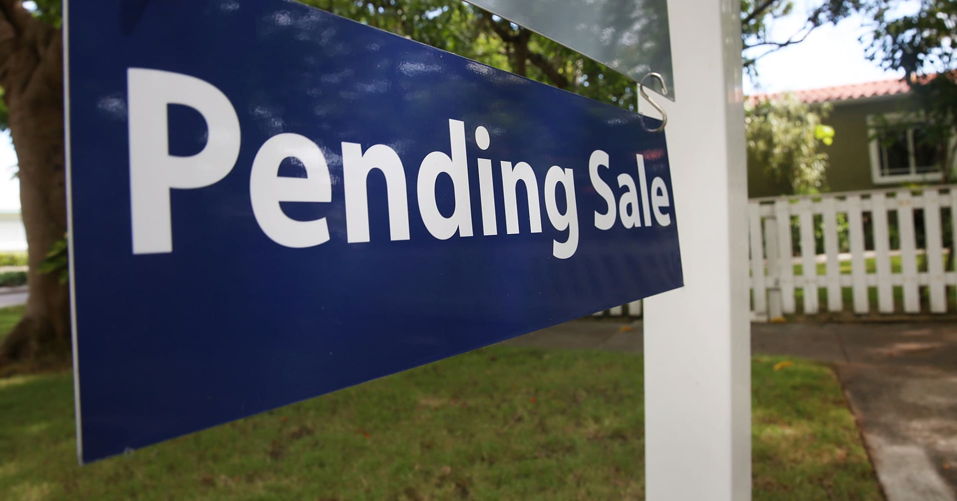 Rising mortgage rates could mean even fewer homes for sale this spring
