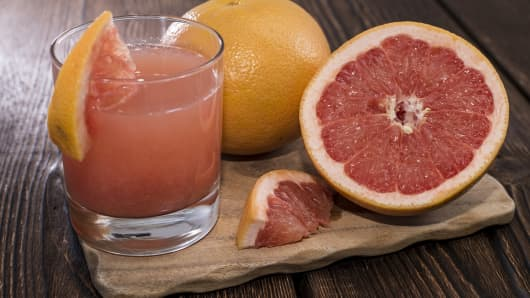 How grapefruit juice helps politicians reach the right voters.