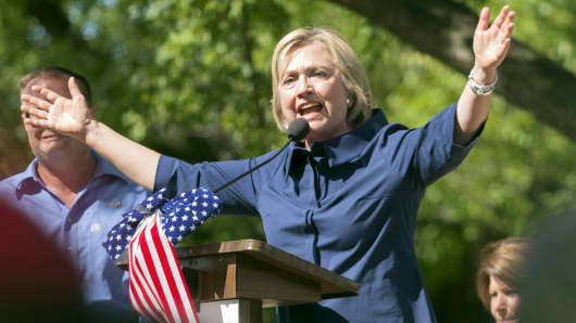 Hillary Clinton speaks during a campaign stop at the Quad City Federation of Labor's Salute to Labor Chicken Fry in Hampton, Illinois September 7, 2015.