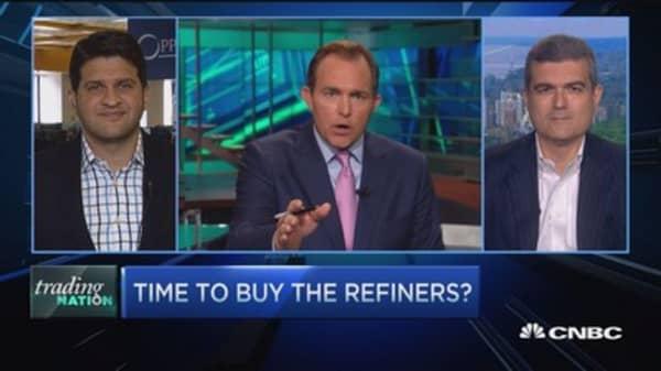 Trading Nation: Buffett right on Phillips 66?