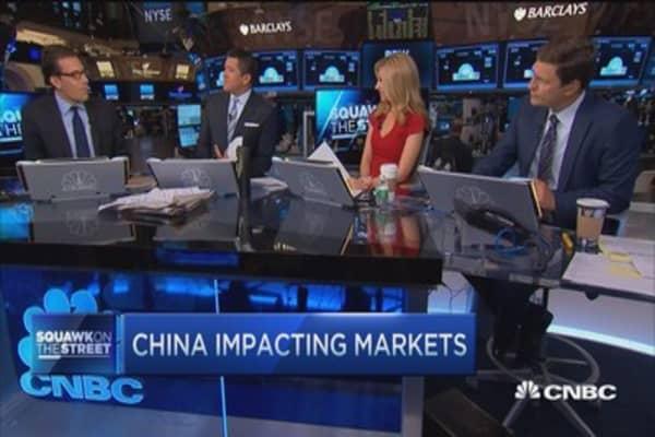 Volatility continues as technicals battle fundamentals: Pro