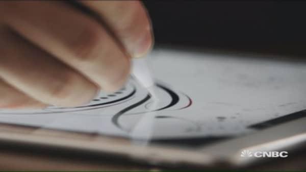 Apple reveals stylus for big-screen iPad Pro