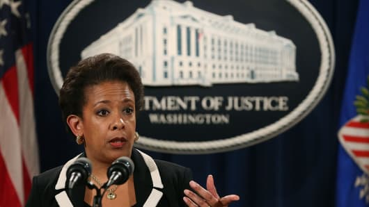 Attorney General Loretta Lynch speaks to the media during a news conference at the Justice Department July 22, 2015 in Washington, DC.