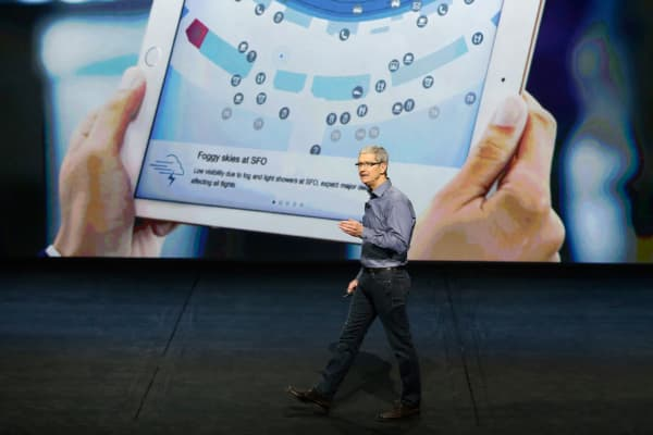 Apple CEO Tim Cook discusses the iPad during an Apple media event in San Francisco, September 9, 2015.