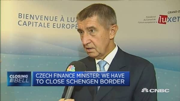 Close borders to stop illegal migration: Czech FinMin