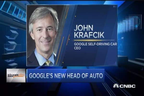 Google hires auto veteran