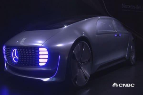 Mercedes-Benz unveil amazing self-driving car