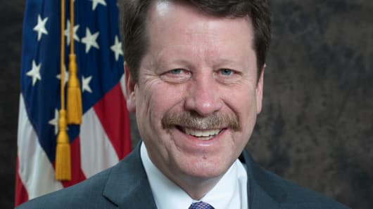 Dr. Robert Califf