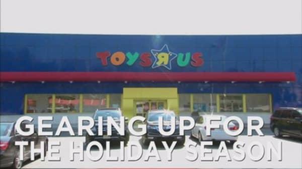 Toys-R-Us hiring less seasonal workers