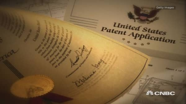 To patent or not to patent?