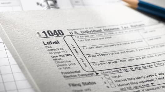 Tax taxes 1040
