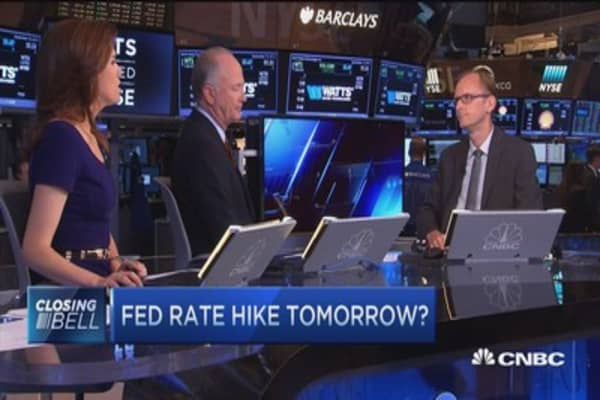 Delay in rate hike will disrupt US: Pro