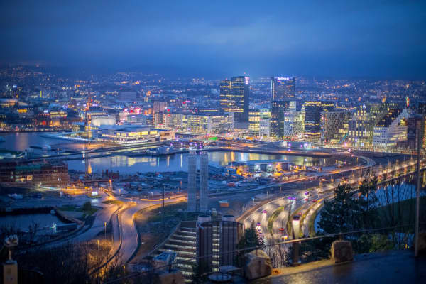 The business district of Oslo at night
